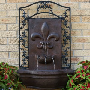 roman themed wall fountain design